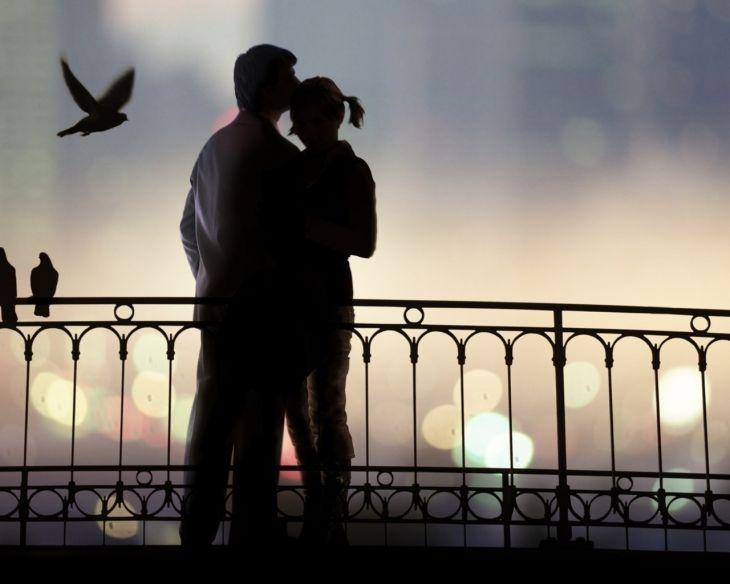 Обои для рабочего стола : Обнимашки влюблённых