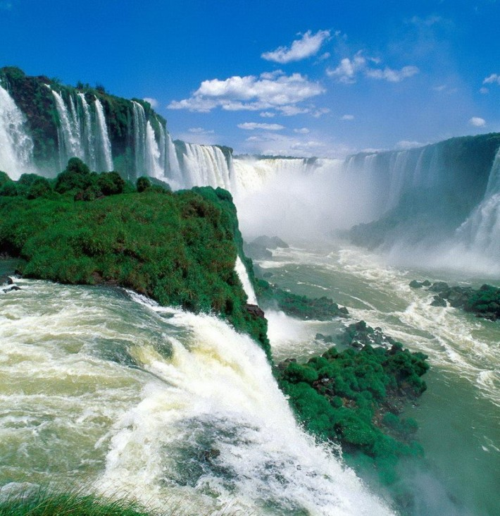 Красивейшие водопады Игуасу