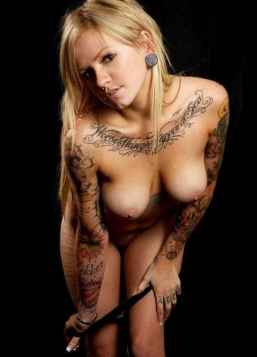 голые татуированные бабы фото