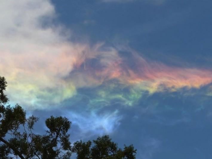 Редкое оптическое явление - огненная радуга (10 фото + текст)