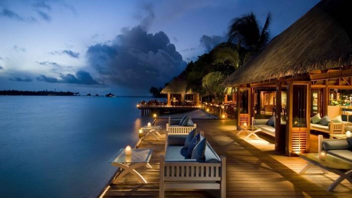 Отель у моря