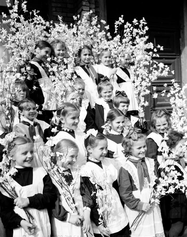 Школа и школьники в СССР (41 фото)